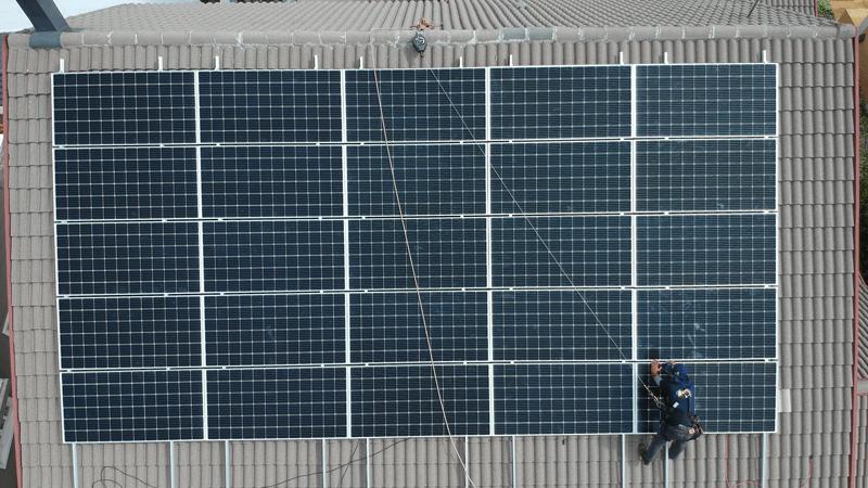 instalação energia solar comercial